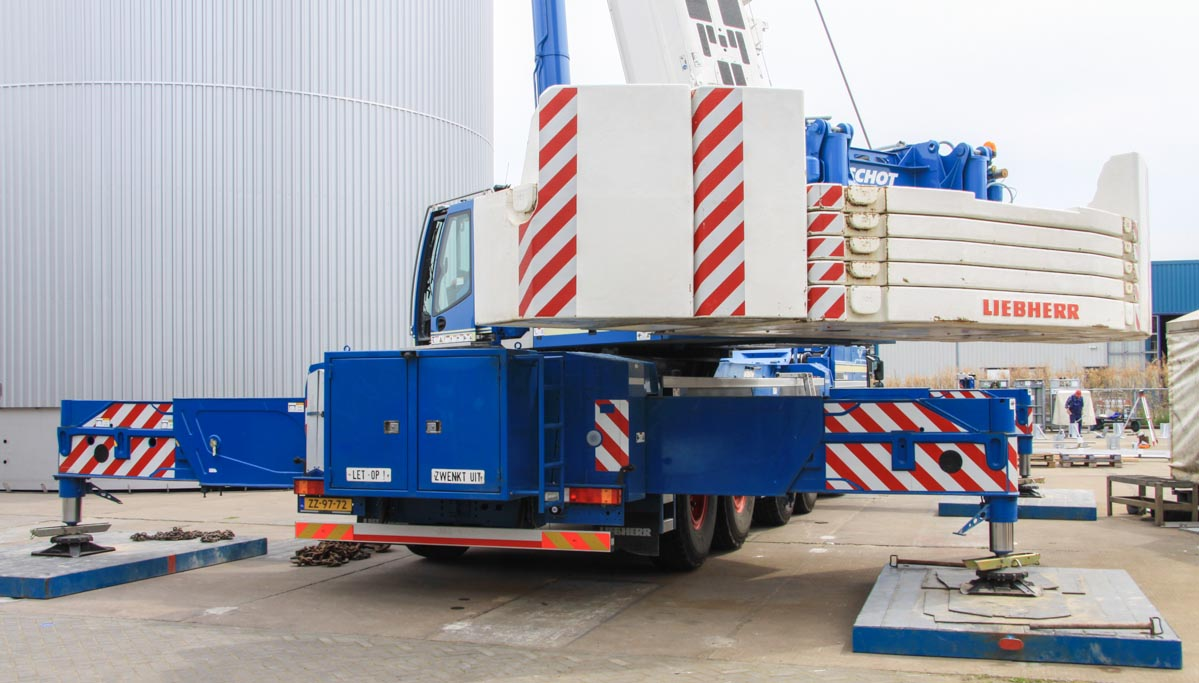 Liebherr LTM 1300-6 2 - Schot :: www trucks-cranes nl